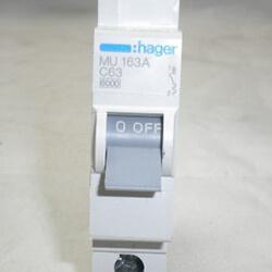 Aptomat-1-pha-63A-hager-mu163-250x250